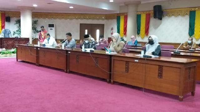 Cari Solusi Untuk Guru Bantu Provinsi, Komisi V Gelar RDP Lintas Komisi