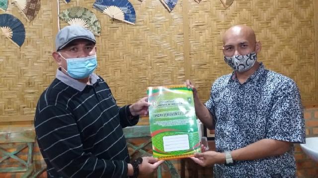 Sepakat, PWI Riau Dukung TUI FC Binaan PGRI