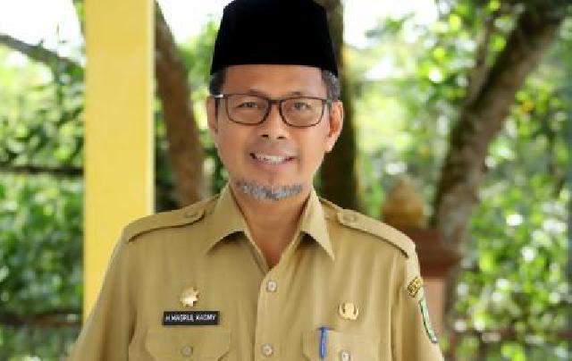 SK Sekdaprov Masih di Setneg, Jabatan Pj Sekda Masrul Kasmy Diperpanjang