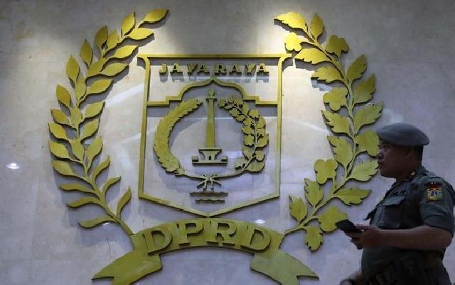 William PSI Dilaporkan ke BK DPRD soal Lem Aibon Rp82,8 M