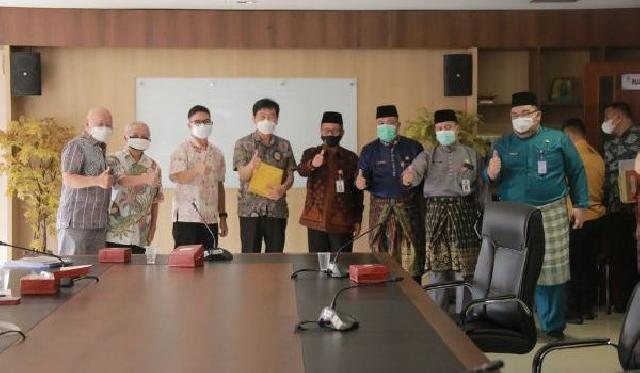Bahas Bisnis Pengelolaan Limbah Sampah, Pj Sekdaprov Riau Terima Kunjungan Daechan E & C