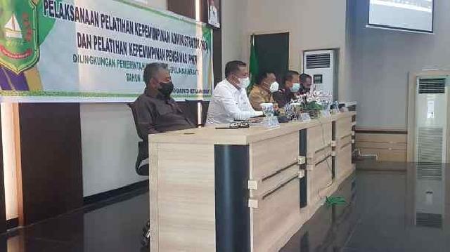 Kegiatan PKA dan PKP, Ketua DPRD Meranti Harapkan Lahir Pejabat Punya Terobosan dan Inovasi