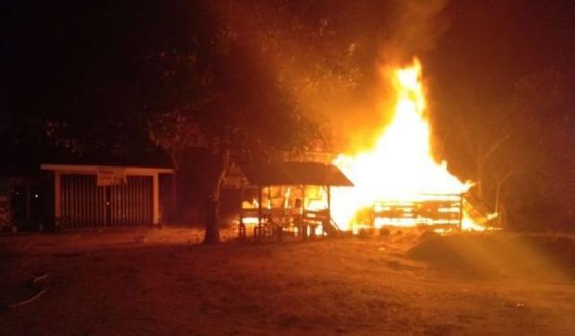 Pabrik Tahu, Mobil dan Kos Karyawan Habis Terbakar