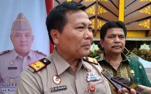 http://jurnalmadani.com/assets/berita/thumb/kecil-64407690335-kepala_kantor_wilayah_(kakanwil)_badan_pertanahan_nasional_(bpn)_provinsi_riau,_m._syahrir